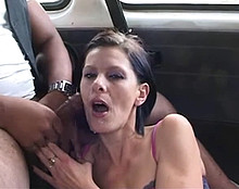 Une orgie en voiture ?