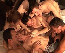 orgie bisexuelle entre libertins et libertines